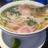 Photo taken at Pho Rowland by Julian K. on 2/8/2013