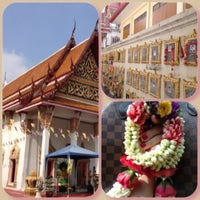 Photo taken at Wat Lahan by 👙Tippy👒 S. on 12/5/2012