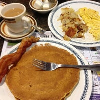 Photo taken at Yankee Doodle Diner by Susan T. on 10/21/2012