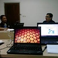 Photo taken at Native Enterprise - IT Training Centre by Lutfie R. on 2/9/2014