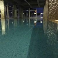 Photo taken at Hayat Merit Life Swimming Pool by Ergin G. on 12/21/2016