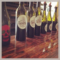 Photo taken at Twisted Oak Winery Murphys Tasting Room by James Marshall B. on 8/21/2013