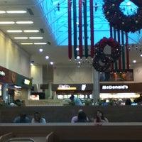 Foto tirada no(a) Shopping Neumarkt por Julie P. em 1/4/2013