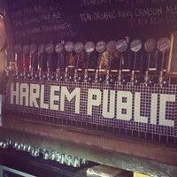 Снимок сделан в Harlem Public пользователем Zach Peak P. 7/23/2013