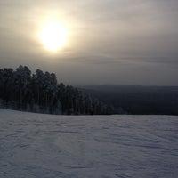 รูปภาพถ่ายที่ Тёплая Гора โดย Владислав С. เมื่อ 12/23/2012