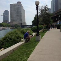 Foto scattata a Chicago Riverwalk da Jessica N. il 6/9/2013