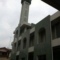 Photo taken at Masjid Agung Syi'arul Islam by Nopitasari on 3/29/2013