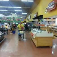 Foto tomada en Walmart por Lic Leticia B. el 7/28/2013