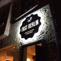 5/31/2015 tarihinde Tiago B.ziyaretçi tarafından Fast Berlin'de çekilen fotoğraf