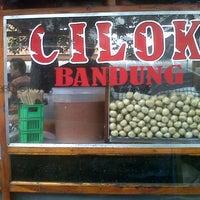 Photo taken at Cilok Bandung Pondok Gede Raya by Kang M. on 3/12/2014