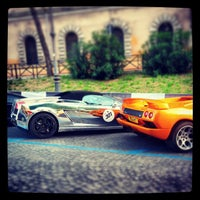 Photo taken at Via Dei Cerchi by Marcello P. on 5/9/2013