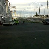 Photo taken at ITC Marina Plaza by Rendy C. on 1/3/2013