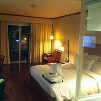Photo taken at AVANI Pattaya Resort & Spa by Carlos P. on 10/10/2012