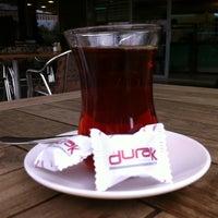 รูปภาพถ่ายที่ Durak Muhallebicisi โดย Fatih S. เมื่อ 2/10/2013