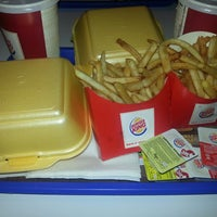 Photo taken at Burger King by Sena U. on 4/7/2013