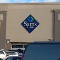 Photo taken at Sam's Club by Lauren L. on 11/27/2013