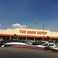 Photo taken at The Home Depot by Aubanel F. on 2/4/2013