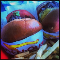 Foto tomada en In-N-Out Burger  por Grace L. el 3/30/2013