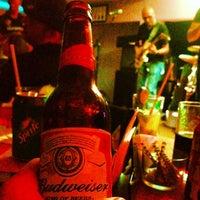 Photo taken at Atol Music Bar by Igo Felipe L. on 12/15/2013