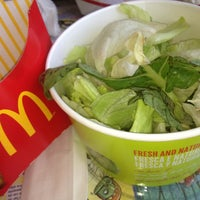 Photo taken at McDonald's by Cida C. on 1/2/2013