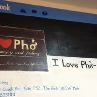 Photo taken at Love Phở Hà Nội by Hiep P. on 10/9/2013