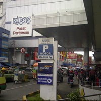 Photo taken at Kings Shopping Centre by Hafiz H. on 1/24/2013