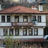 12/21/2014 tarihinde Davut S.ziyaretçi tarafından Lalezar Restaurant ve Cafe'de çekilen fotoğraf