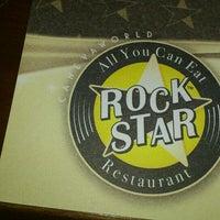 Foto scattata a Rock Star da Michele F. il 8/20/2013