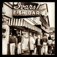 Photo taken at Ivar's Acres of Clams by Ryan M. on 4/7/2013