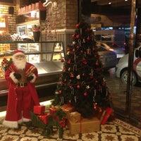 12/23/2012 tarihinde Hasan A.ziyaretçi tarafından Big Cake'de çekilen fotoğraf