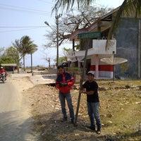 Photo taken at Pantai Ujung Genteng by Muhammad Faizal B. on 9/14/2012