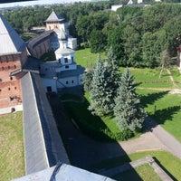 Das Foto wurde bei Novgorod Kremlin von Станислав М. am 7/2/2013 aufgenommen