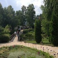 Снимок сделан в Два Бобра пользователем Yulia K. 6/8/2013