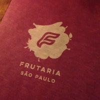 Foto tirada no(a) Frutaria São Paulo por Mil em 5/29/2017