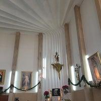 Photo taken at Iglesia Del Sagrado Corazon De Jesus by Jorge O. on 12/27/2014