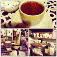 7/14/2013 tarihinde Merve H.ziyaretçi tarafından Luz Café'de çekilen fotoğraf