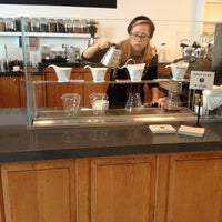 Снимок сделан в Primo Passo Coffee Co. пользователем Hideo H. 12/24/2012