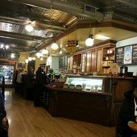3/16/2013에 Steve R.님이 Potbelly Sandwich Shop에서 찍은 사진