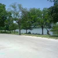 Foto tirada no(a) White Rock Lake Bike & Hiking Trail por Rogier M. em 6/21/2013