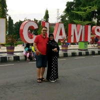 Photo taken at Taman Raflesia (Alun Alun Ciamis) by Tanto D. on 4/22/2017