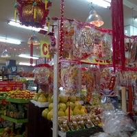 Photo taken at Jakarta Fruit Market by mayuko w. on 1/15/2012