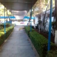 Foto tomada en ISSSTE Delegación Regional Zona Sur por Charly A. el 7/4/2012