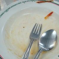 Photo taken at ร้านอาหาร สวัสดิการ ศิริราช by Humming B. on 2/11/2014