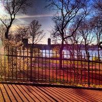 Снимок сделан в Riverside Terrace пользователем Julie Q. 4/21/2013
