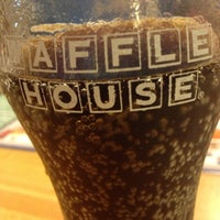 Photo taken at Waffle House by Steffano M. on 1/17/2013