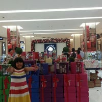 Photo taken at Crabtree & Evelyn by NAQSZADA on 12/7/2012
