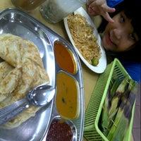 Photo taken at Restoran Nasi Kandar Haji Tapah by NAQSZADA on 11/5/2012