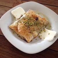 6/4/2014 tarihinde Selda K.ziyaretçi tarafından Et Mekan Steak House & Nargile Cafe'de çekilen fotoğraf