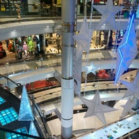 Photo taken at Siam Discovery by Songpun S. on 12/31/2012