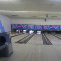 Photo taken at Bowl 360 by Nicole G. on 12/29/2012